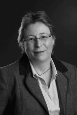 Dr-Sue-Peacock